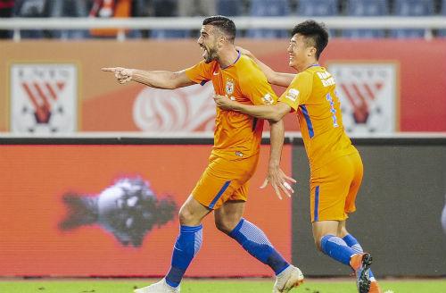 中超联赛第22轮鲁能主场2:1胜富力