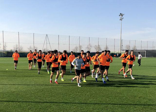 鲁能抵达迪拜开启第二阶段集训