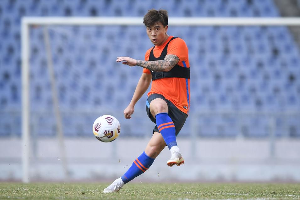 石柯正式加盟山东泰山足球俱乐部